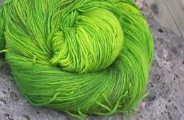 Yule Love June Bug Green